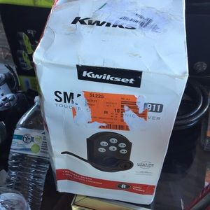 New Kwikset Smart Code Electronic Lock with Lever